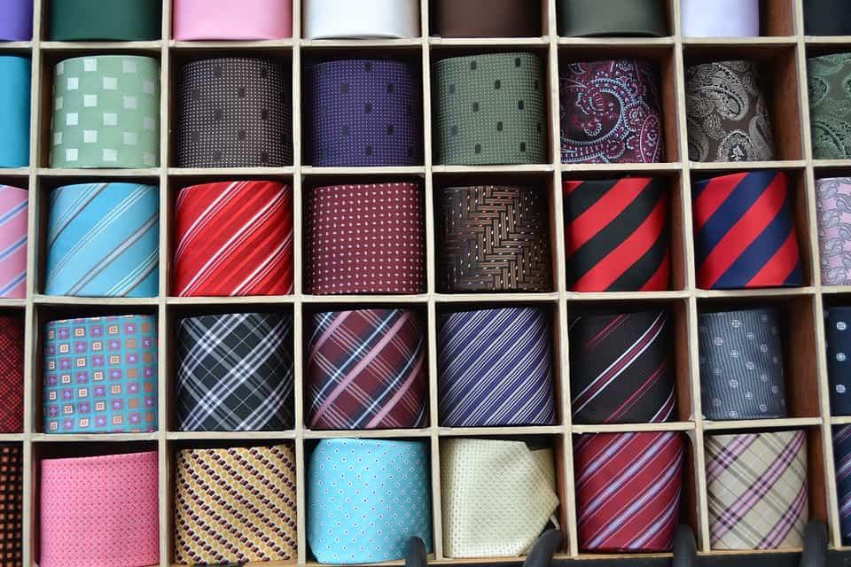 come abbinare camicia e cravatta